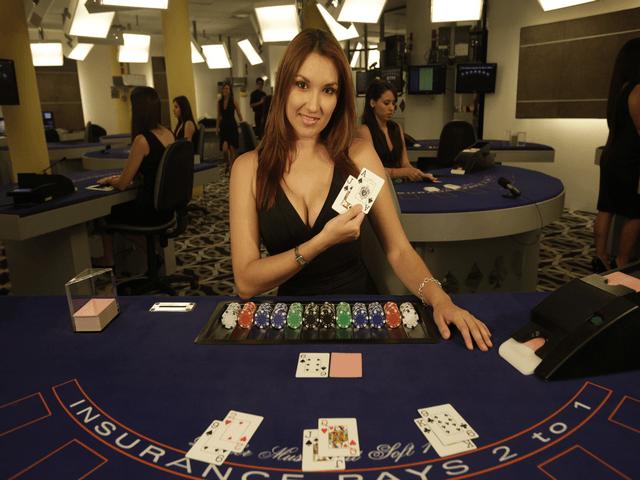 Blackjack live dealer online